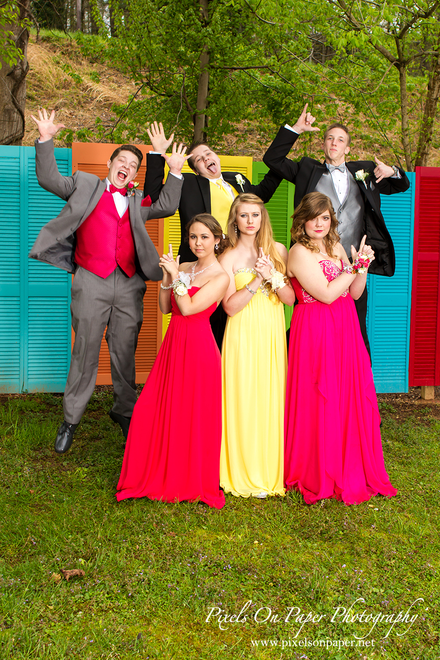 pixels on paper photography wilkesboro nc prom outdoor portrait photographers photo