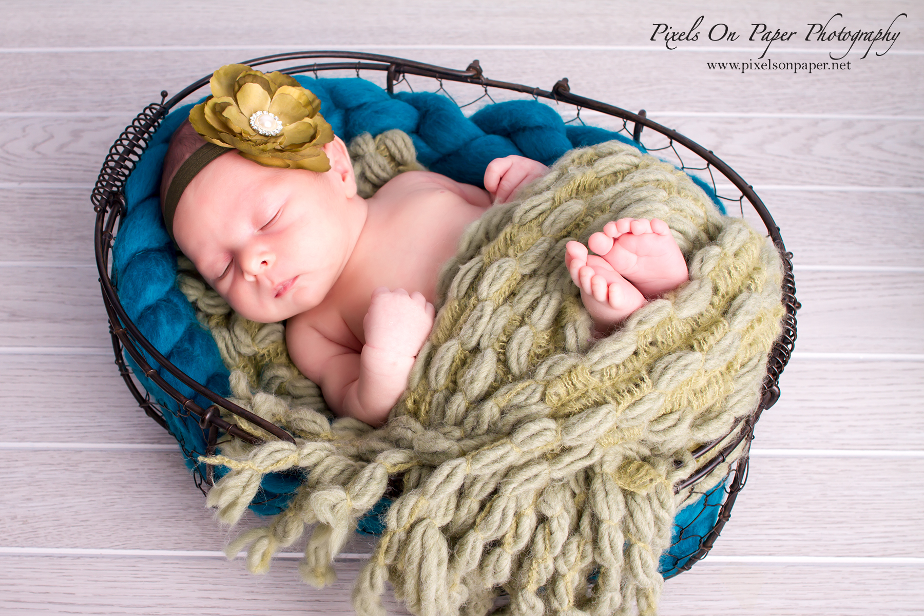 Newborn Photography by Pixels On Paper Portrait Photography photo