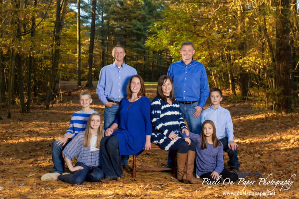 wilkesboro nc outdoor family portrait pixels on paper photography photo