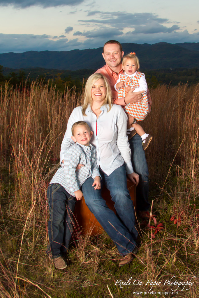 Meade Outdoor Family Portraits